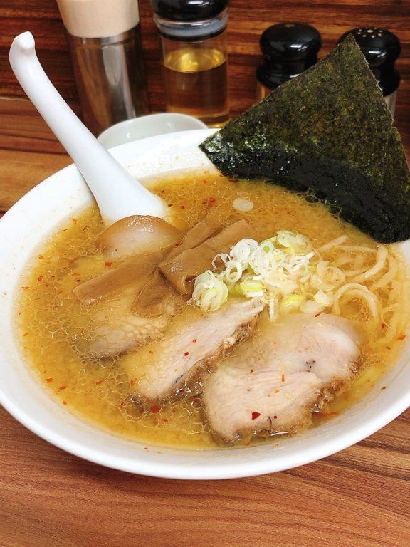 郡山駅前ラーメン 角麺